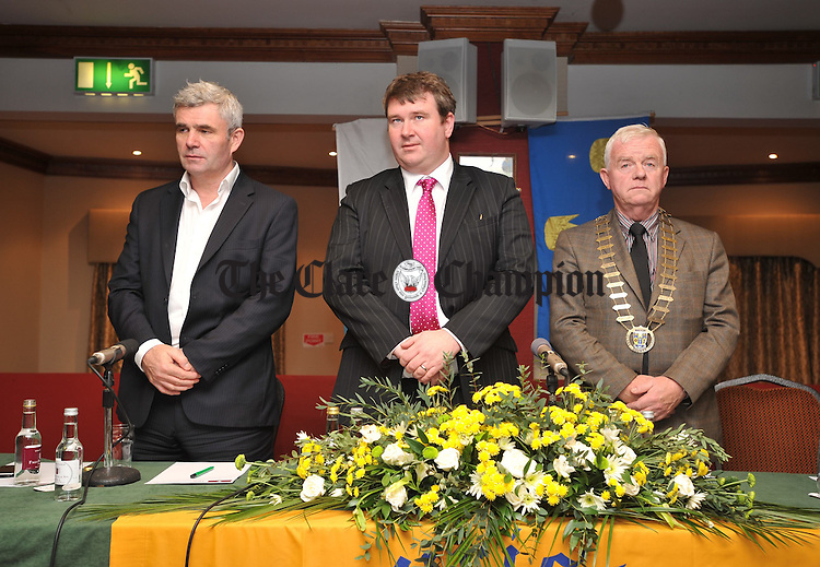 "Standing for a minites silence; Padraig O' Ceidigh, CEO Aer Arann, left, with Councillor Martin Conway and Flan Garvey, organising committee chaiman  at the Clare Tourist Council National Tourism Conference entitled ""Achieving World Class Tourism"" in the Falls Hotel, Ennistymon. Photograph by John Kelly."