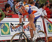 Robert Gesink during the stage of La Vuelta 2012 between La Robla and Lagos de Covadonga.September 2,2012. (ALTERPHOTOS/Acero) /NortePhoto.com<br /> <br /> **CREDITO*OBLIGATORIO** <br /> *No*Venta*A*Terceros*<br /> *No*Sale*So*third*<br /> *** No*Se*Permite*Hacer*Archivo**<br /> *No*Sale*So*third*