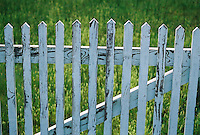 Photo of picket fence on Outer Banks