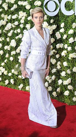 NEW YORK, NY - June 11: Scarlett Johansson  attends the 71st Annual Tony Awards at Radio City Music Hall on June 11, 2017 in New York City.@John Palmer / Media Punch