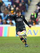 January 7th 2018, Ricoh Arena, Coventry, England;  Aviva Premiership rugby, Wasps versus Saracens;   Danny Cipriani (Wasps)  kicks out of defence during the Aviva Premiership (Round 13) match between Wasps and Saracens rfc at the Ricoh Stadium