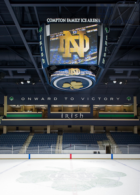 Oct. 19, 2011; Compton Family Center Arena..Photo by Matt Cashore/University of Notre Dame