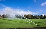 Stockholm 2014-08-30 Fotboll Superettan Hammarby IF - Tr&auml;ning :  <br /> Kontsgr&auml;set p&aring; &Aring;rsta IP vattnas under Hammarbys tr&auml;ning p&aring; &Aring;rsta IP l&ouml;rdag den 30 august<br /> (Foto: Kenta J&ouml;nsson) Nyckelord:  Tr&auml;ning Tr&auml;na &Aring;rsta IP Hammarby Bajen vatten vattnas konstgr&auml;s