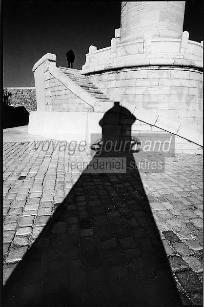 Europe/France/Provence-Alpes-Côte d'Azur/13/Bouches-du-Rhône/Marseille: Port de commerce,la jetée et les phares