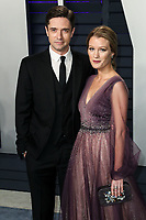 BEVERLY HILLS, CA - FEBRUARY 24: Topher Grace, Ashley Hinshaw at the 2019 Vanity Fair Oscar Party at the Wallis Annenberg Center for the Performing Arts on February 24, 2019 in Beverly Hills, California. (Photo by Xavier Collin/PictureGroup)
