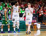 ****BETALBILD**** <br /> S&ouml;dert&auml;lje 2015-04-19 Basket SM-Final 1 S&ouml;dert&auml;lje Kings - Uppsala Basket :  <br /> Uppsalas  Axel Nordstr&ouml;m och Dwight Anthony Burke deppar under matchen mellan S&ouml;dert&auml;lje Kings och Uppsala Basket <br /> (Foto: Kenta J&ouml;nsson) Nyckelord:  S&ouml;dert&auml;lje Kings SBBK T&auml;ljehallen Basketligan SM SM-Final Final Uppsala Basket depp besviken besvikelse sorg ledsen deppig nedst&auml;md uppgiven sad disappointment disappointed dejected