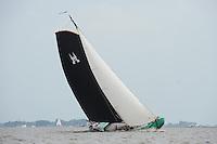 ZEILEN: SKS Skûtsjesilen 2014, De Sneker Pan - Sneek, schipper Douwe Jzn. Visser, ©foto Martin de Jong