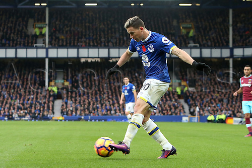 30.10.2016. Goodison Park, Liverpool, England. Premier League Football. Everton versus West Ham United. Brian Oviedo of Everton fires in a cross from the goal line.