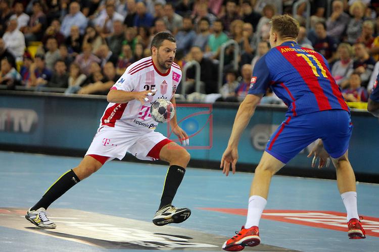 VELUX EHF <br /> 2016/17 EHF Men's Champions League Group Phase - Round 5.<br /> FC Barcelona Lassa vs Telekom Veszprem: 26-23.<br /> Jose Maria Rodriguez vs Andersson.