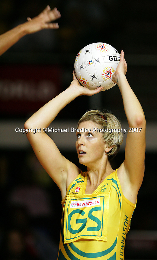 16.11.2007 Australian Catherine Cox in action during the Australia v England match at the New World Netball World Champs held at Trusts Stadium Auckland New Zealand. Mandatory Photo Credit ©Michael Bradley.