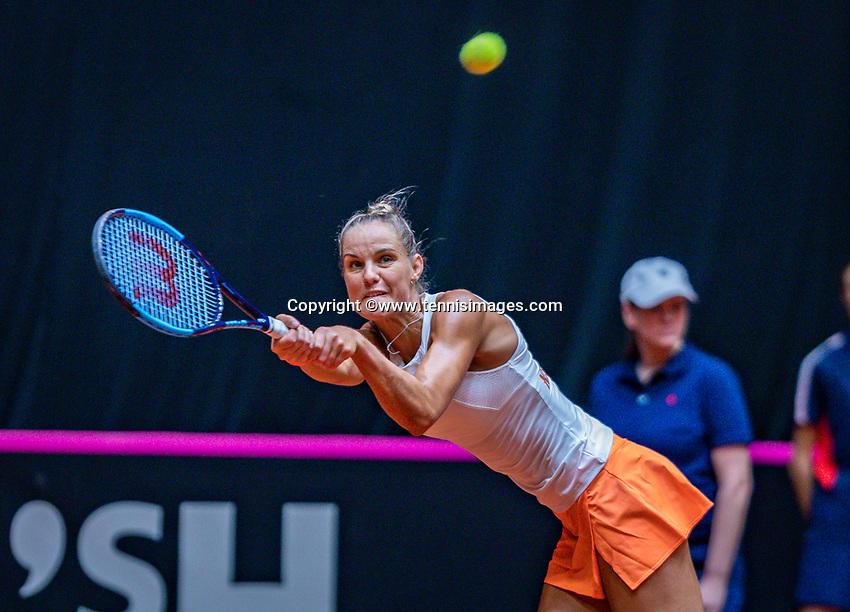 Den Bosch, The Netherlands, Februari 9, 2019,  Maaspoort , FedCup  Netherlands - Canada, second match : Arantxa Rus  (NED)<br /> Photo: Tennisimages/Henk Koster