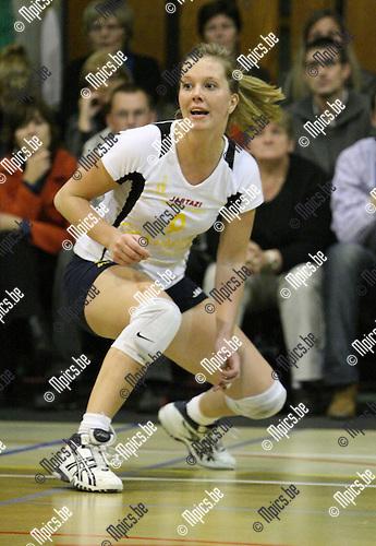 2009-10-17 / Volleybal / seizoen 2009-2010 / Amigos Zoersel / Katrien Eysermans..Foto: mpics