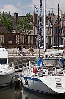 Europe/France/Bretagne/56/Morbihan/Vannes: Le port et les maisons à colombage