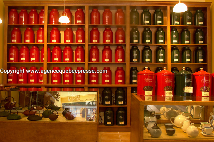 July 2002, Montreal, Quebec, Canada<br /> <br /> Display of fine imported tea  in a Montreal Tea store.<br /> <br /> <br /> Licensed for use in the Montreal Guide ONLY<br />  <br /> Mandatory Credit: Photo by Pierre Roussel- Images Distribution. (&copy;) Copyright 2002 by Pierre Roussel <br /> <br /> NOTE  Nikon D-1 jpeg opened with Qimage icc profile, saved in Adobe 1998 RGB.