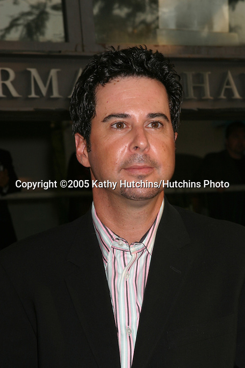Jonathan Silverman.CBS TCA Summer Press Tour Party.(TCA = Television Critics Association).Los Angeles, CA.July 19, 2005.©2005 Kathy Hutchins / Hutchins Photo