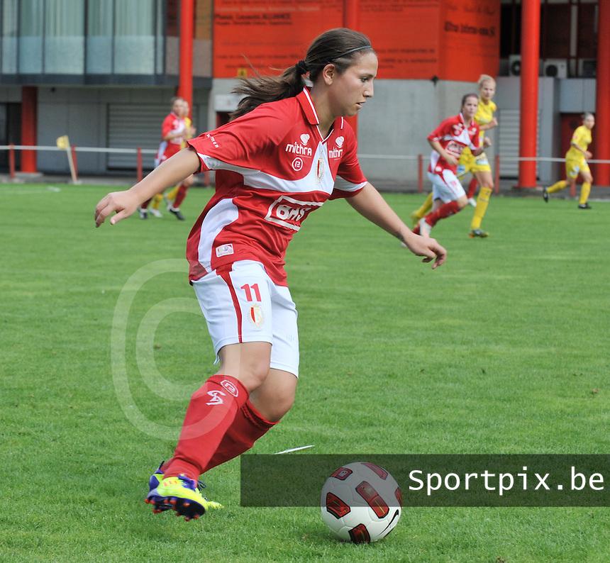 Supercup seizoen 2011 - 2012 ; Kampioen Standard Femina tegen Bekerwinnaar Waasland Beveren Sinaai Girls : Vanity Lewerissa.foto DAVID CATRY / Vrouwenteam.be