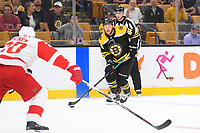 September 26, 2018: Boston Bruins right wing David Pastrnak (88) plays at the blue line during the NHL pre-season game between the Detroit Red Wings and the Boston Bruins held at TD Garden, in Boston, Mass. Detroit defeats Boston 3-2 in overtime. Eric Canha/CSM