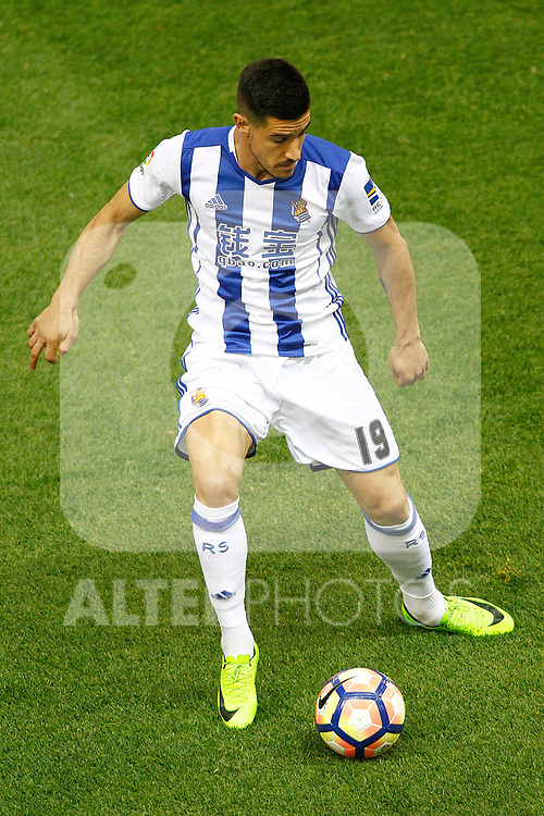 Real Sociedad's Yuri Berchiche during La Liga match. April 4,2017. (ALTERPHOTOS/Acero)