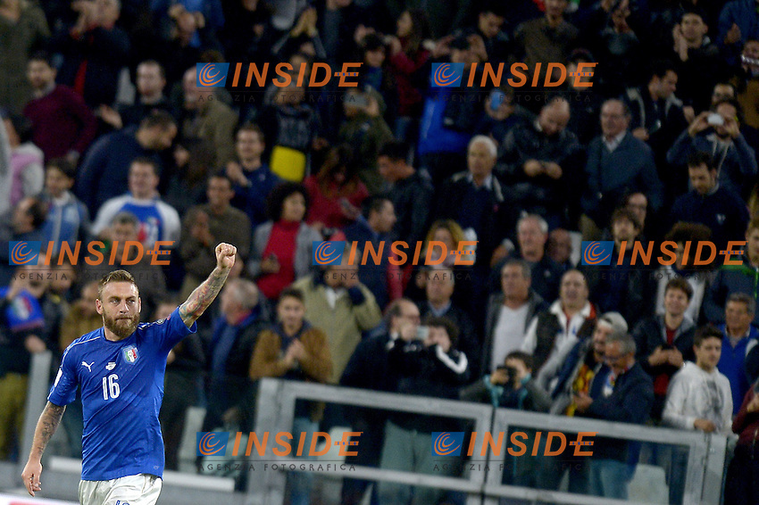Esultanza Daniele De Rossi Italy dopo gol 1-1, goal celebration,<br /> Torino 06-10-2016 Juventus Stadium <br /> World Cup Qualifiers Italy - Spain / Italia - Spagna. Foto Filippo Alfero / Insidefoto