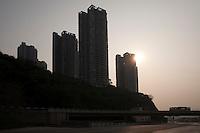 Commercial Real Estate Development Near The Caiyuanba Changjiang Bridge In Nan'an, Chongqing, China.  © LAN
