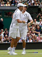 BOB & MIKE BRYAN (USA) (1) against ROBERT LINDSTEDT (SWE) & HORIA TECAU (ROU) (8) in the Final of the Gentlemen's Doubles. Mike & Bob Bryan beat Robert Lindstedt & Horia Tecau 6-3 6-4 7-6..Tennis - Grand Slam - Wimbledon - AELTC - London- Day 12 - Sat July 2nd 2011..© AMN Images, Barry House, 20-22 Worple Road, London, SW19 4DH, UK..+44 208 947 0100.www.amnimages.photoshelter.com.www.advantagemedianetwork.com.