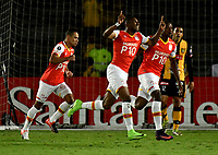 BOGOTA - COLOMBIA – 23 – 05 - 2017: Los jugadores de Independiente Santa Fe, celebran el gol anotado a The Strongest durante partido entre Independiente Santa Fe de Colombia y The Strongest de Bolivia , de la fase de grupos, grupo 2, fecha 6 por la Copa Conmebol Libertadores Bridgestone 2017, en el estadio Nemesio Camacho El Campin, de la ciudad de Bogota. / The players of Independiente Santa Fe, celebrate a scored goal to The Strongest during a match between Independiente Santa Fe of Colombia and The Strongest of Bolivia, of the group stage, group 2 of the date 6th, for the Conmebol Copa Libertadores Bridgestone 2017 at the Nemesio Camacho El Campin in Bogota city. VizzorImage / Luis Ramirez / Staff.