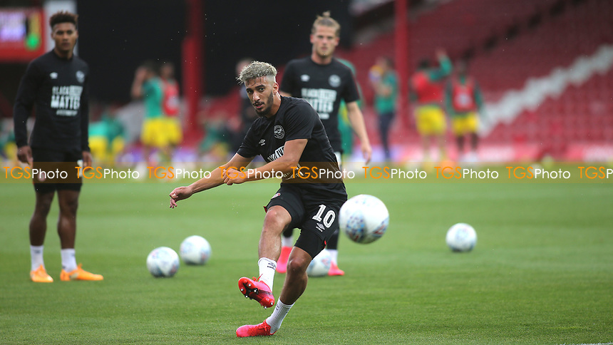 Said Benrahma of Brentford warms up ahead of kick-off during Brentford vs West Bromwich Albion, Sky Bet EFL Championship Football at Griffin Park on 26th June 2020