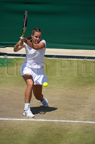 June 28th 2010: Wimbledon International Tennis Tournament held at the All England Lawn Tennis Club, London, England, Jamilla Groth of AUS playing Venus Williams of USA in the 4th round
