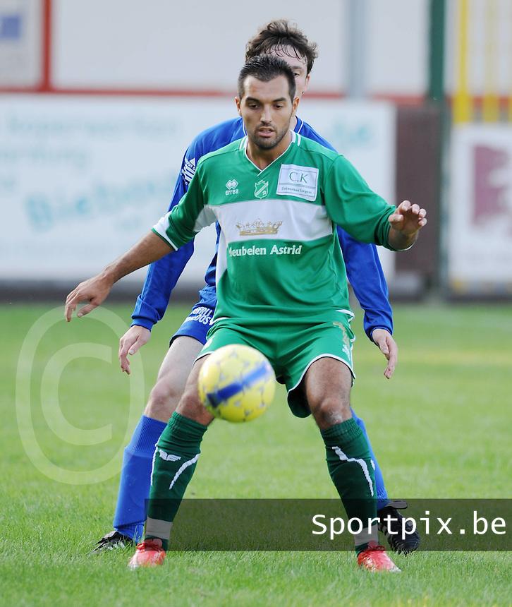Lendelede Sport  : Julien Remadna..foto VDB / BART VANDENBROUCKE