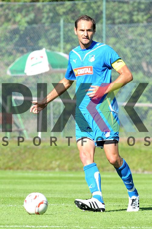 Leogang &Ouml;sterreich 31.07.2010, 1.Fu&szlig;ball Bundesliga Testspiel TSG 1899 Hoffenheim - Greuther F&uuml;rth, Hoffenheims Josip Simunic<br /> <br /> Foto &copy; Rhein-Neckar-Picture *** Foto ist honorarpflichtig! *** Auf Anfrage in h&ouml;herer Qualit&auml;t/Aufl&ouml;sung. Belegexemplar erbeten. Ver&ouml;ffentlichung ausschliesslich f&uuml;r journalistisch-publizistische Zwecke.