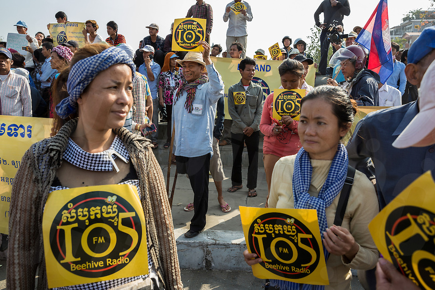 January 27, 2014 - Phnom Penh, Cambodia. Supporters before accompanying Mam Sonando on a march to the Ministry of Information to ask for a T.V. station and wider bandwidth for his Beehive radio station. © Nicolas Axelrod / Ruom
