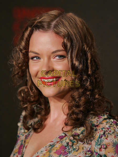 JAIME KING.The 2nd Annual Louis Vuitton United Cancer Front Gala held at Universal Studios, Stage 24 in Universal City, California .November 8th, 2004.headshot, portrait, pink lipstick.www.capitalpictures.com.sales@capitalpictures.com.©Debbie Van Story/Capital Pictures