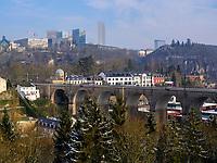Viadukt in Clausen, Europazentrum auf dem Kirchberg, Luxemburg-City, Luxemburg, Europa<br /> Viaduct in Clausen, Eurpean center, Luxembourg City, Europe