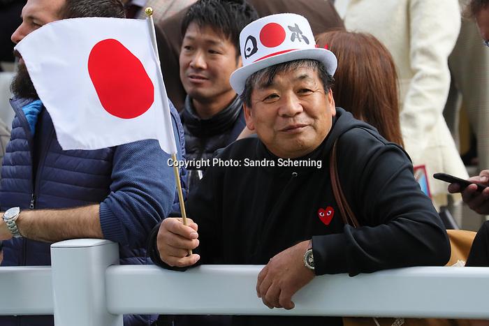 October 06, 2019, Paris (France) - Japanese fan on October 6 in ParisLongchamp. [Copyright (c) Sandra Scherning/Eclipse Sportswire)]