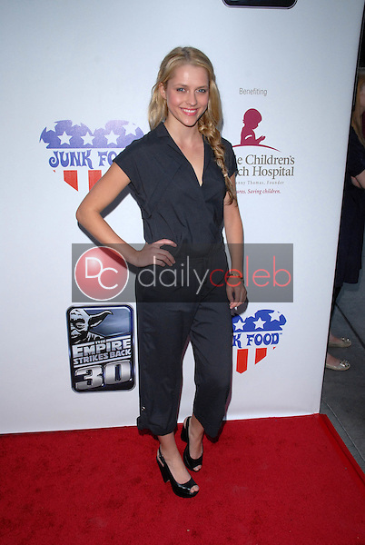 Theresa Palmer<br />