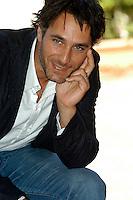 "RAOUL BOVA.Photcall for the film ""Io, l'altro"", Campidoglio, Rome, Italy..May 10th, 2007.half length hand .CAP/CAV.©Luca Cavallari/Capital Pictures"