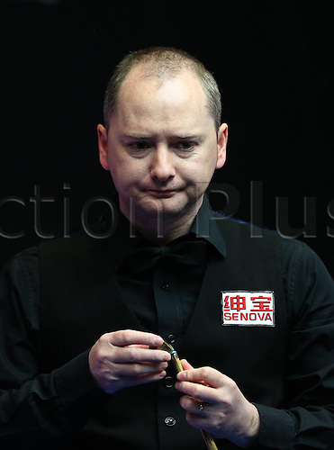 28.03.2016. Beijing, China,  Graeme Dott of Britain competes during the first round match against Matthew Stevens of Wales at the 2016 World Snooker China Open in Beijing, capital of China, March 28, 2016.