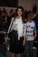 SAO PAULO, SP, 18 DE MARÇO DE 2013. SPFW VERAO 2014. A modelo Isabela Fiorentino  durante o desfile da Marca Animale na SPFW verão 2014. A modelo usa camisa Animale, saia Zara, Bolsa Celine e sapato Valentino. FOTO ADRIANA SPACA/BRAZIL PHOTO PRESS
