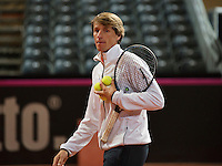 Februari 04, 2015, Apeldoorn, Omnisport, Fed Cup, Netherlands-Slovakia, Training Dutch team, Captain Paul Haarhuis<br /> Photo: Tennisimages/Henk Koster
