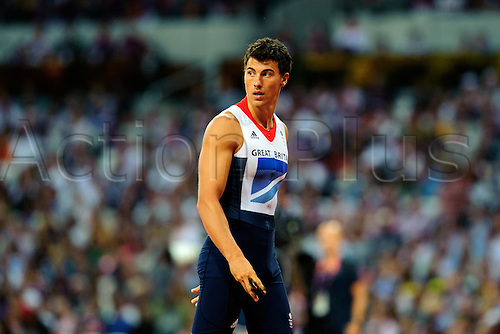 10.08.2012 London, England. Britains Steven Lewis (GBR) finishes 5th in the Mens Pole Vault Final during the Athletics on Day 14 of the London 2012 Olympic Games in the Olympic Stadium.