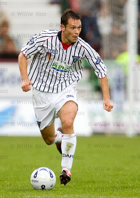 Derek Young, Dunfermline.stock season 2005-2006.pic willie vass