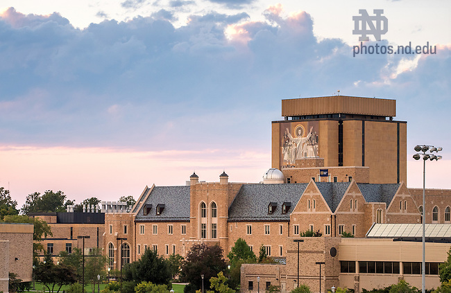 Sep. 20, 2014; Jordan Hall of Science and Hesburgh Library. (Photo by Matt Cashore/University of Notre Dame)