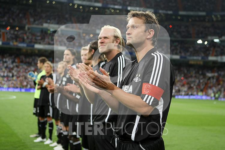 Rosenborg's players before Santiago Bernabeu Trophy.August 24 2009. (ALTERPHOTOS/Acero).