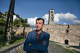 Edin Hozan, Bürgermeister der Stadt Jajce. / Edin Hozan, mayor of city Jajce. // Die Schülerinnen und Schüler in Bosnien und Herzegowina werden getrennt nach Nationalität und Glaubensrichtung unterrichtet. In der Kleinstadt Jajce haben sich Jugendliche dagegen gewehrt.