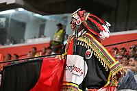 CÚCUTA - COLOMBIA, 16-02-2020: Hincha de Cúcuta Deportivo animan a su equipo durante partido entre Cúcuta Deportivo y Deportivo Pasto, de la fecha 5 por la Liga BetPlay DIMAYOR I 2020, jugado en el estadio General Santander de la ciudad de Cúcuta. / Fan of Cucuta Deportivo cheer for their team, during a match between Cucuta Deportivo and Deportivo Pasto, of the 5th date for the BetPlay DIMAYOR I Leguaje 2020 at the General Santander Stadium in Cucuta city. / Photo: VizzorImage / Juan Pablo Bayona / Cont.