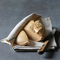 France, Landes (40),Saint-Pierre-du-Mont: Foie gras frais  de canard de chez Delpeyrat  // France, Landes,Saint Pierre du Mont: duck, Foie gras home Delpeyrat - Stylisme : Valérie LHOMME