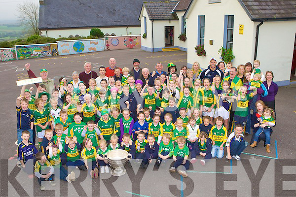 Students in Knocknagoshel went wild with excitement when Tadgh Kennelly arrived to the school with the Sam Maguire on Thursday