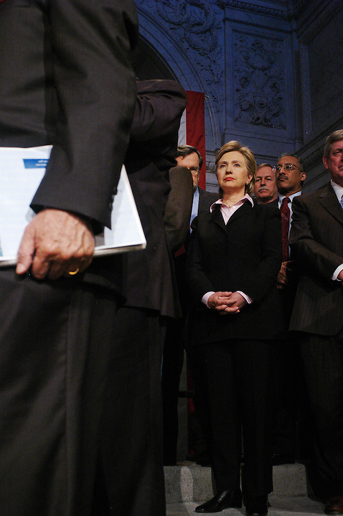 "01/18/06.DEMOCRAT RALLY TO ""RESTORE HONESTY, INTEGRITY AND OPENNESS TO GOVERNMENT""--Sen. Hillary Rodham Clinton, D-N.Y., with other House and Senate Democrats at a rally at the Library of Congress decrying the ""corrupt"" Republican Congressional leadership..CONGRESSIONAL QUARTERLY PHOTO BY SCOTT J. FERRELL"