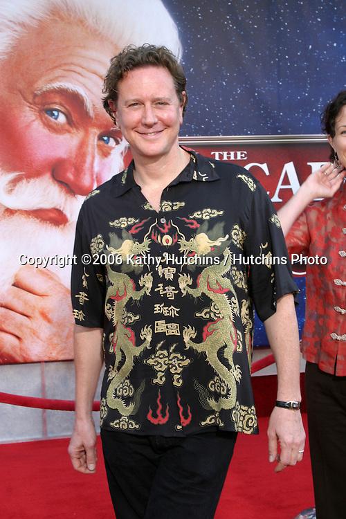 "Judge Reinhold .""Escape Clause:  The Santa Clause 3"" Movie Premeire.El Capitan Theater.Los Angeles, CA.October  29, 2006.©2006 Kathy Hutchins / Hutchins Photo...."