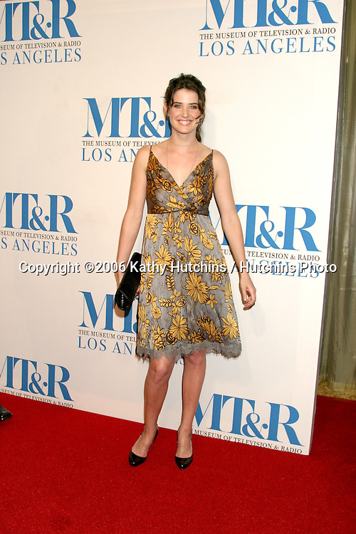 Cobie Smulders.Museum of TV & Radio Annual Gala IHO Les Moonves and Jerry Bruckheimer.Regent Beverly Wilshire Hotel.Beverly Hills, CA.October 30, 2006.©2006 Kathy Hutchins / Hutchins Photo....